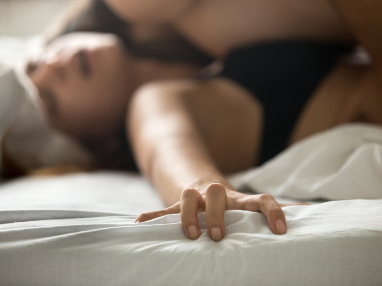 A Few Tips on How to Please a Woman in Bed - Red Door Agency